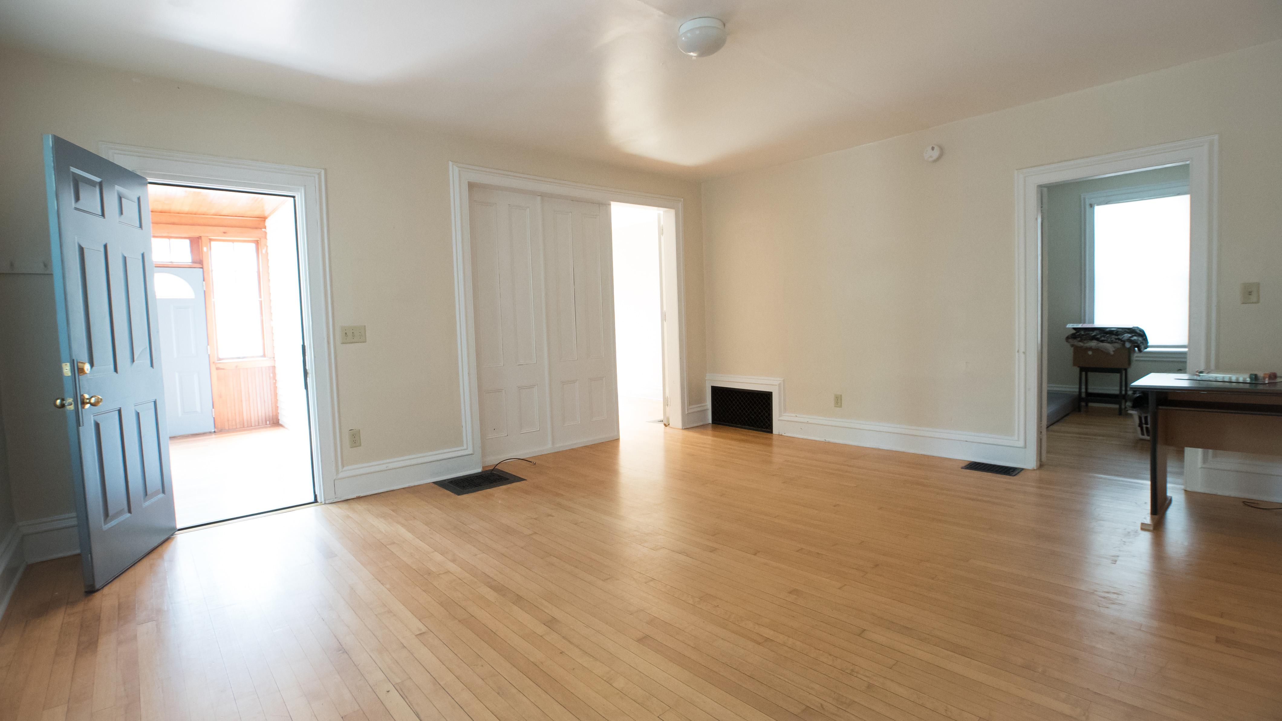 North union properties llc for Living room square feet